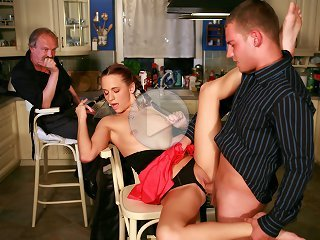 FLASH !!! Young stud gets lucky with an older coworkers wife who needed some cuckolding